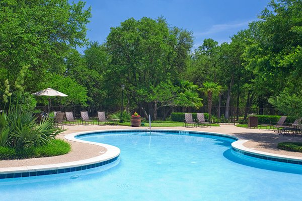 Members can recover in the comfort of peaceful surroundings and upscale ammenities